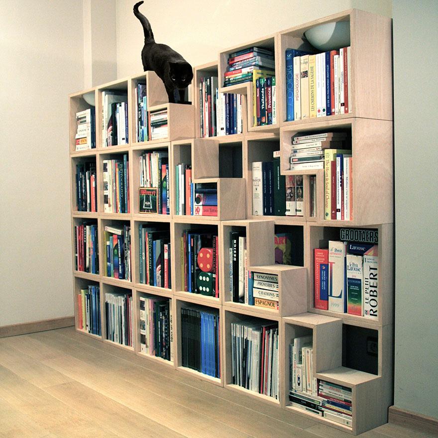 2.- Librero para ti, sala de juegos para tu gato